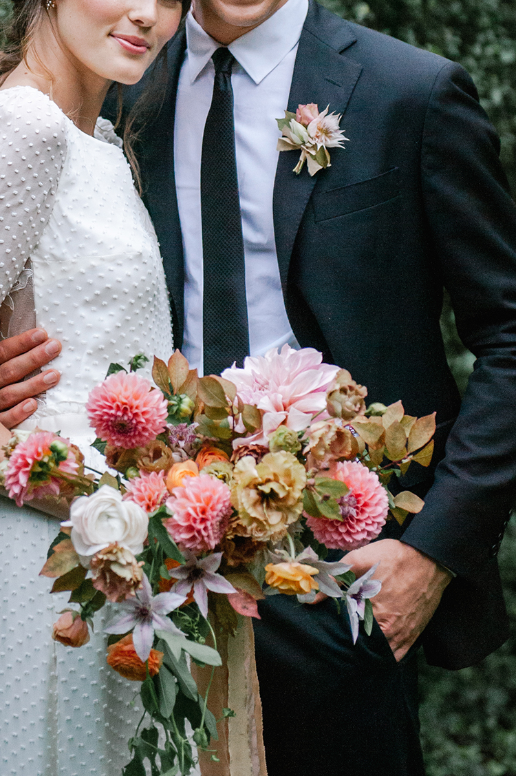 pink bouquets for fall - http://ruffledblog.com/fall-wedding-inspiration-with-mauve-and-apricot-hues