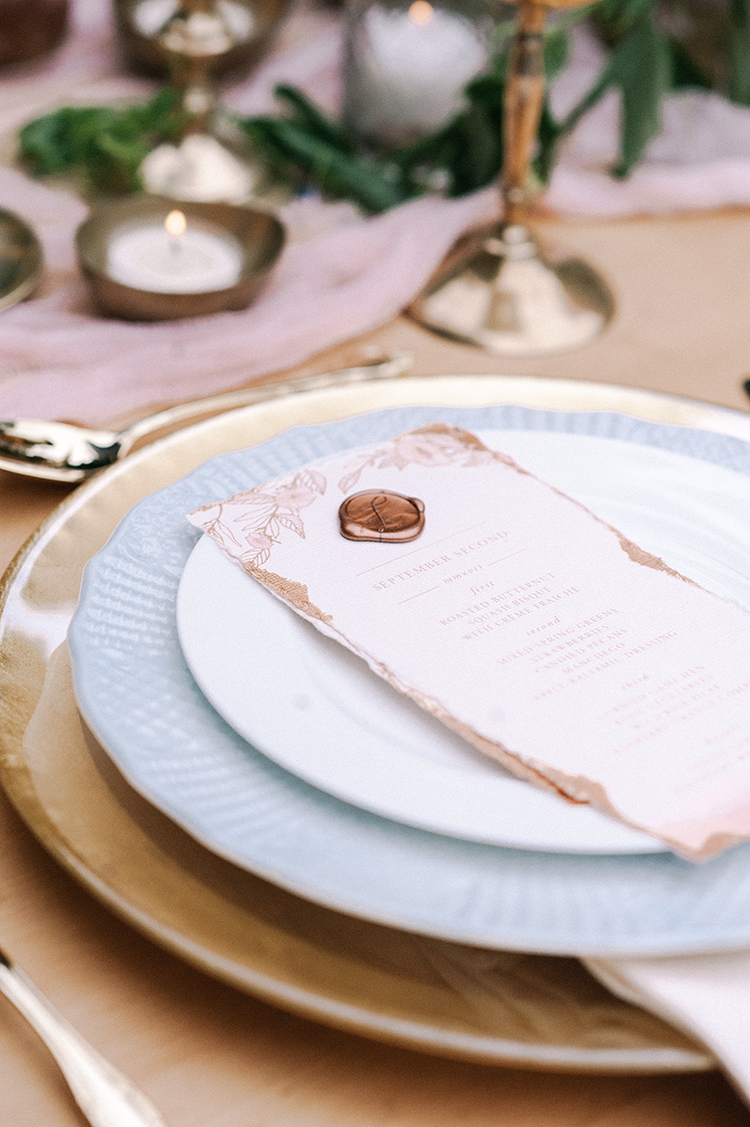 pink and copper tablescape ideas - http://ruffledblog.com/fall-wedding-inspiration-with-mauve-and-apricot-hues