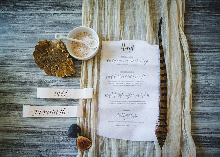 wedding paper goods - https://ruffledblog.com/fall-wedding-tablescape-with-an-unexpected-color-palette