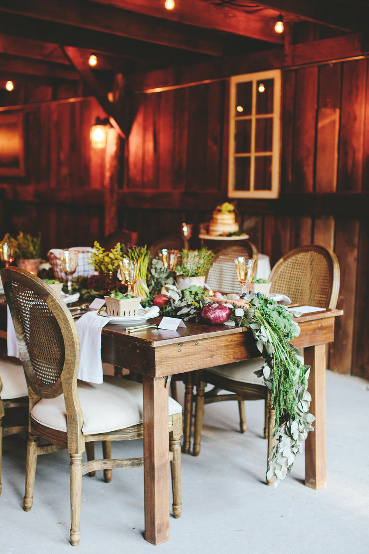 Farm to Table Wedding Inspiration in Nashville - photo by Shots by Cheyenne https://ruffledblog.com/farm-to-table-wedding-inspiration-in-nashville