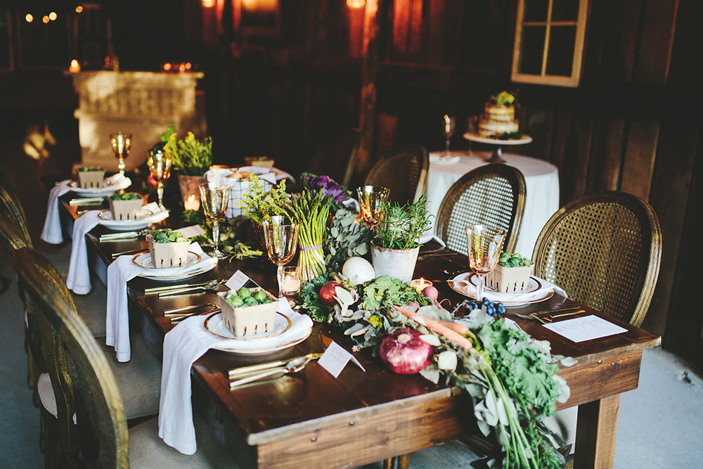 farm to table tablescapes - photo by Shots by Cheyenne https://ruffledblog.com/farm-to-table-wedding-inspiration-in-nashville