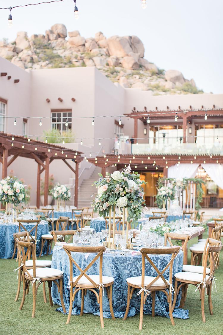 romantic desert weddings - photo by Amy and Jordan Photography https://ruffledblog.com/feminine-floral-wedding-in-the-arizona-desert