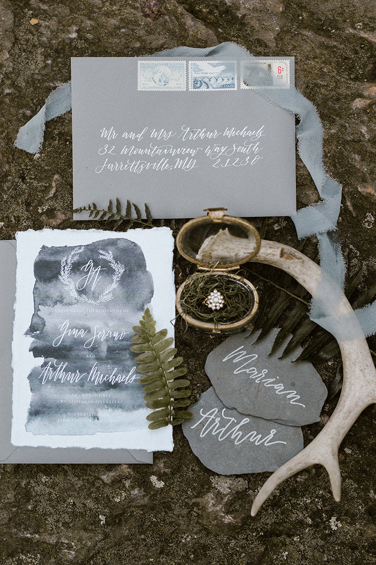 grey wedding invitations - photo by Victoria Selman https://ruffledblog.com/foggy-mountaintop-elopement-inspiration-with-macrame