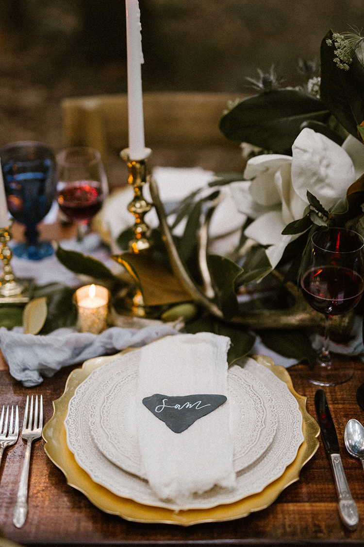 eclectic wedding table settings - photo by Victoria Selman https://ruffledblog.com/foggy-mountaintop-elopement-inspiration-with-macrame