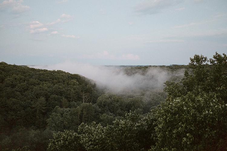 mountaintop weddings - photo by Victoria Selman https://ruffledblog.com/foggy-mountaintop-elopement-inspiration-with-macrame