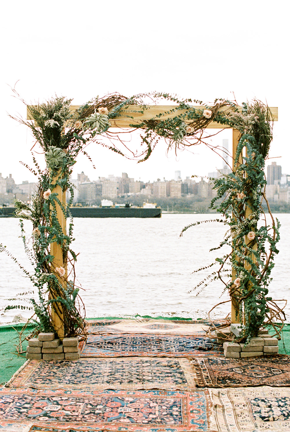 wedding ceremony arches - photo by Alexis June Weddings https://ruffledblog.com/for-the-love-of-copper-wedding-inspiration