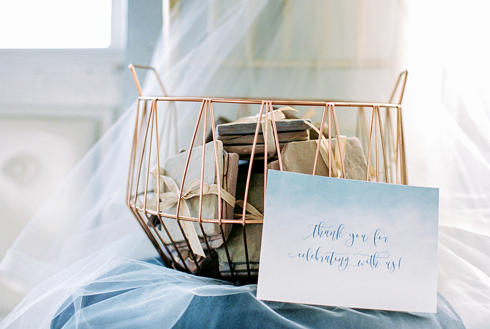 wedding favors - photo by Alexis June Weddings https://ruffledblog.com/for-the-love-of-copper-wedding-inspiration