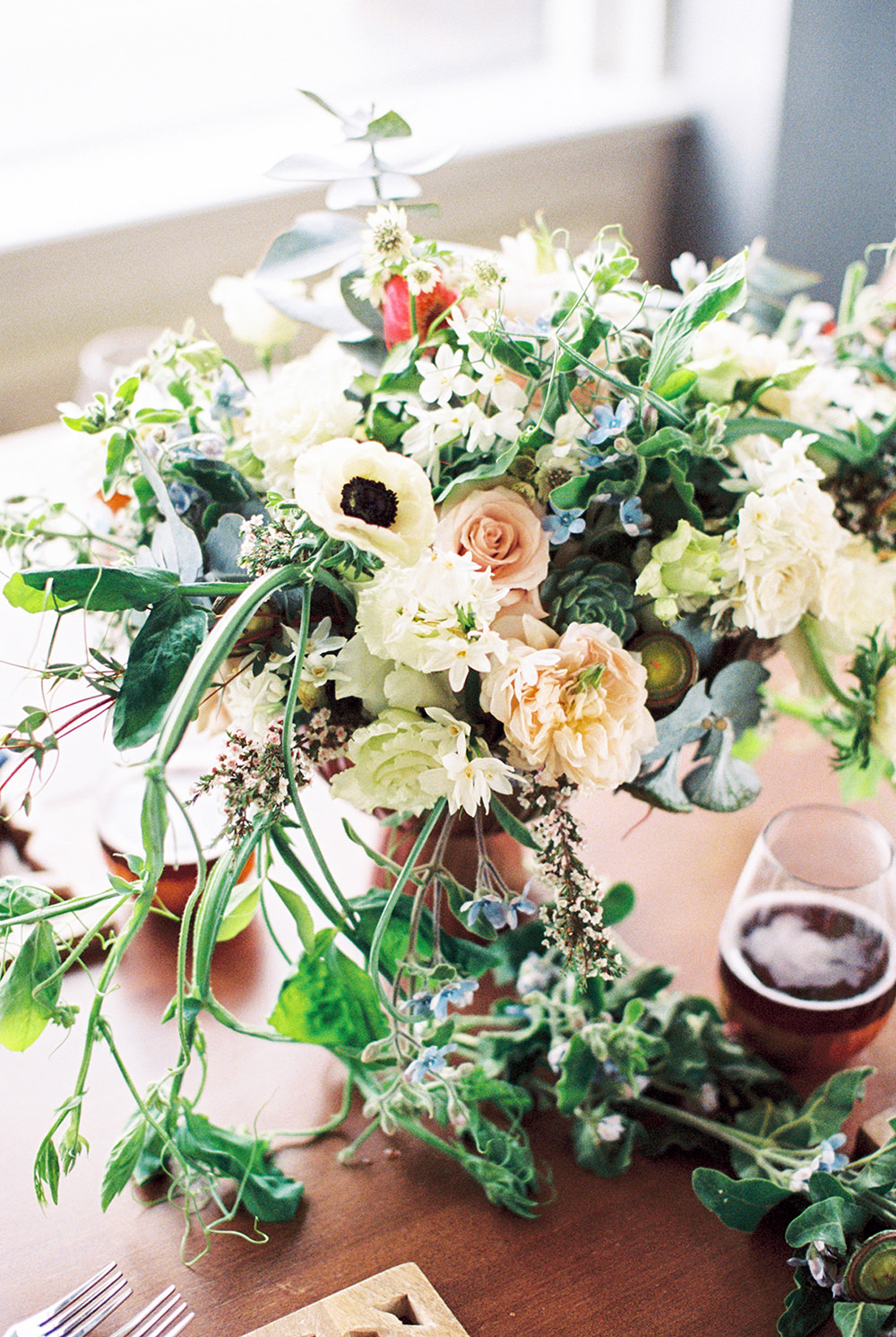 floral centerpieces - photo by Alexis June Weddings http://ruffledblog.com/for-the-love-of-copper-wedding-inspiration