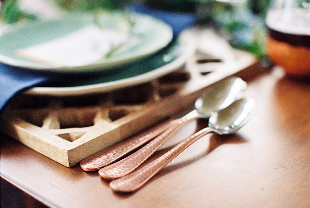 copper wedding details - photo by Alexis June Weddings http://ruffledblog.com/for-the-love-of-copper-wedding-inspiration