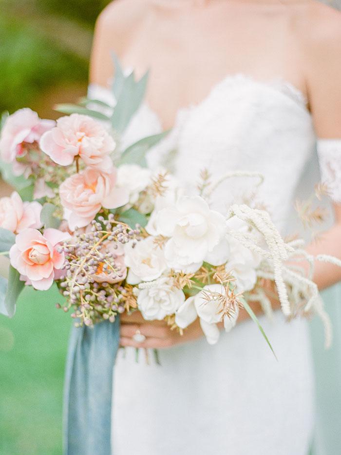 French Garden Wedding Inspiration in Dusty Blue and Blush #frenchgarden #gardenwedding #latesummerwedding