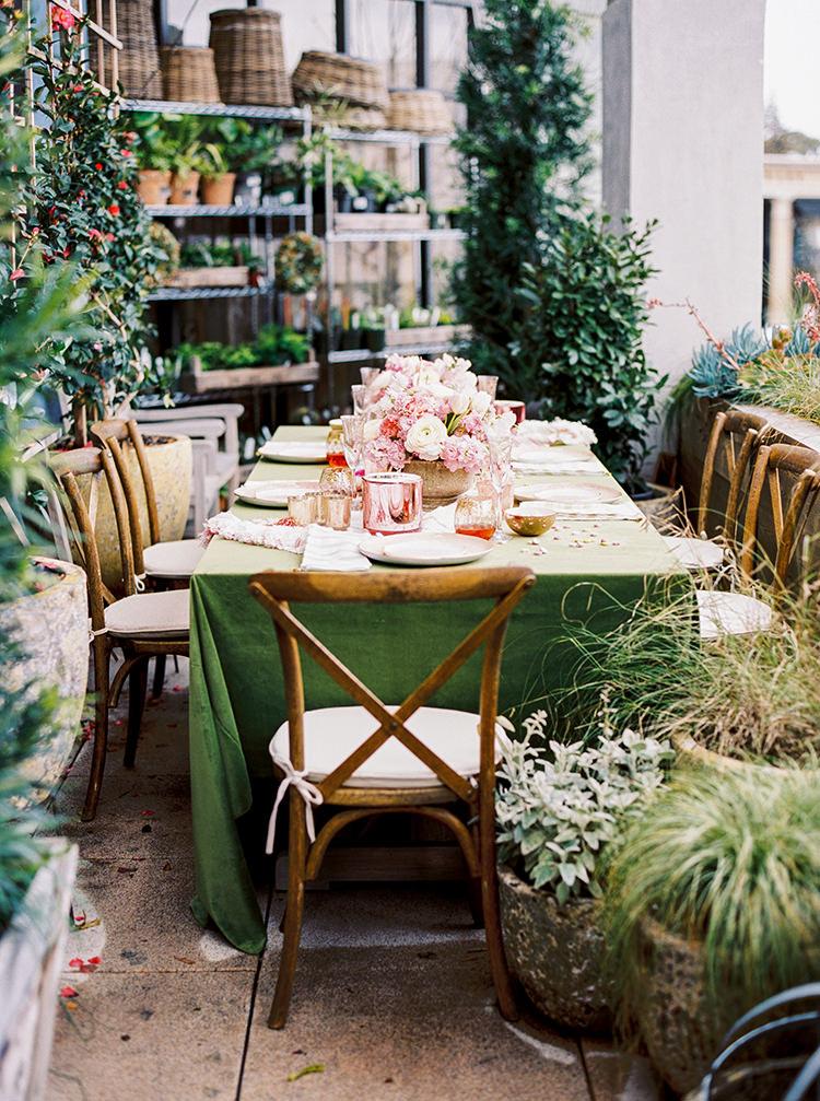 wedding tables - photo by Danielle Poff Photography http://ruffledblog.com/fun-and-flirty-bridal-shower-inspiration