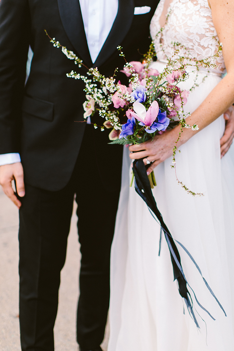 wedding bouquets - photo by Redfield Photography https://ruffledblog.com/fun-wedding-celebration-at-brooklyn-winery