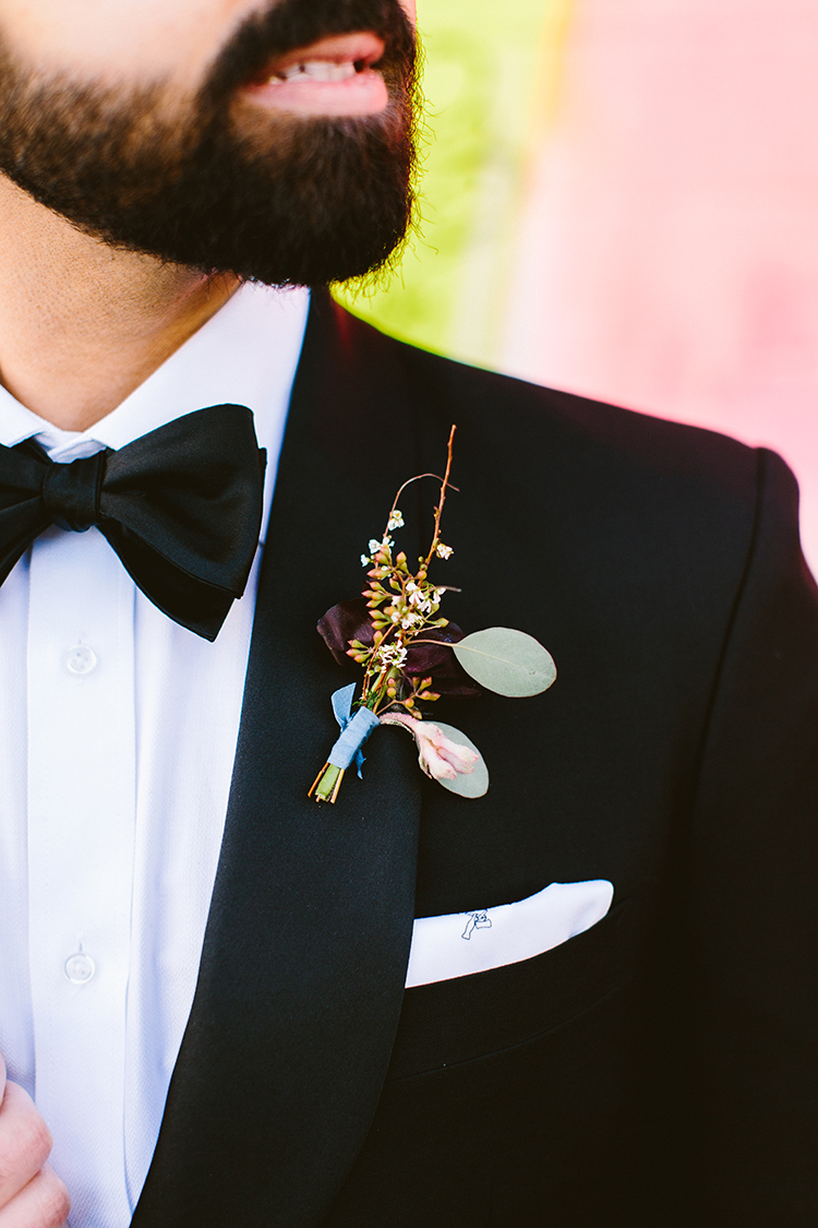 groom boutonniere - photo by Redfield Photography https://ruffledblog.com/fun-wedding-celebration-at-brooklyn-winery