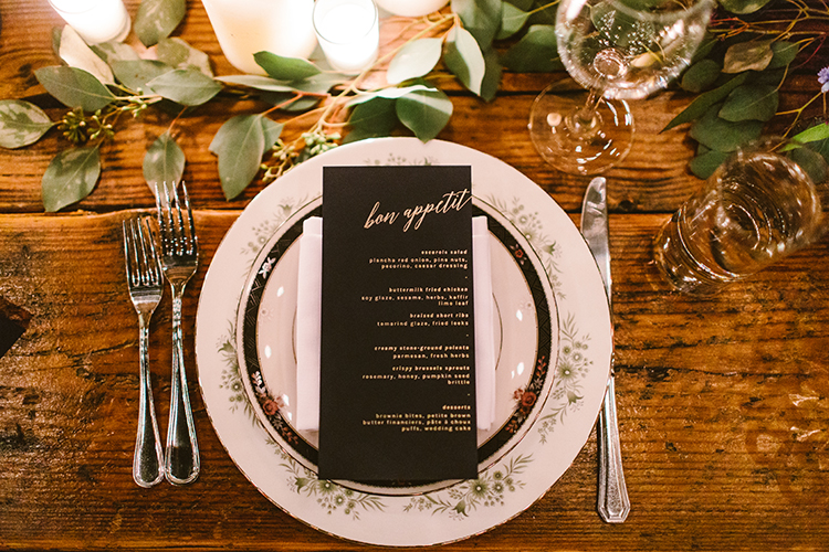 place settings - photo by Redfield Photography https://ruffledblog.com/fun-wedding-celebration-at-brooklyn-winery