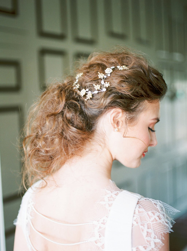 bridal hair accessories - photo by Hillary Muelleck Photography http://ruffledblog.com/garden-estate-wedding-inspiration-with-delicate-poppies