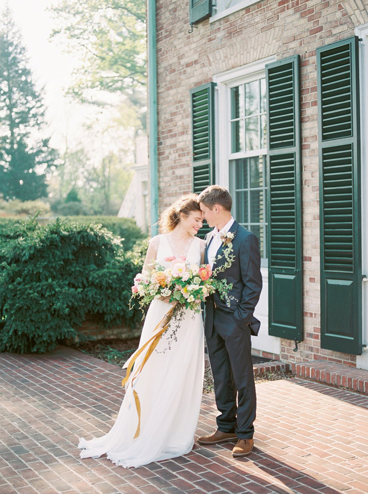 wedding photography - photo by Hillary Muelleck Photography http://ruffledblog.com/garden-estate-wedding-inspiration-with-delicate-poppies