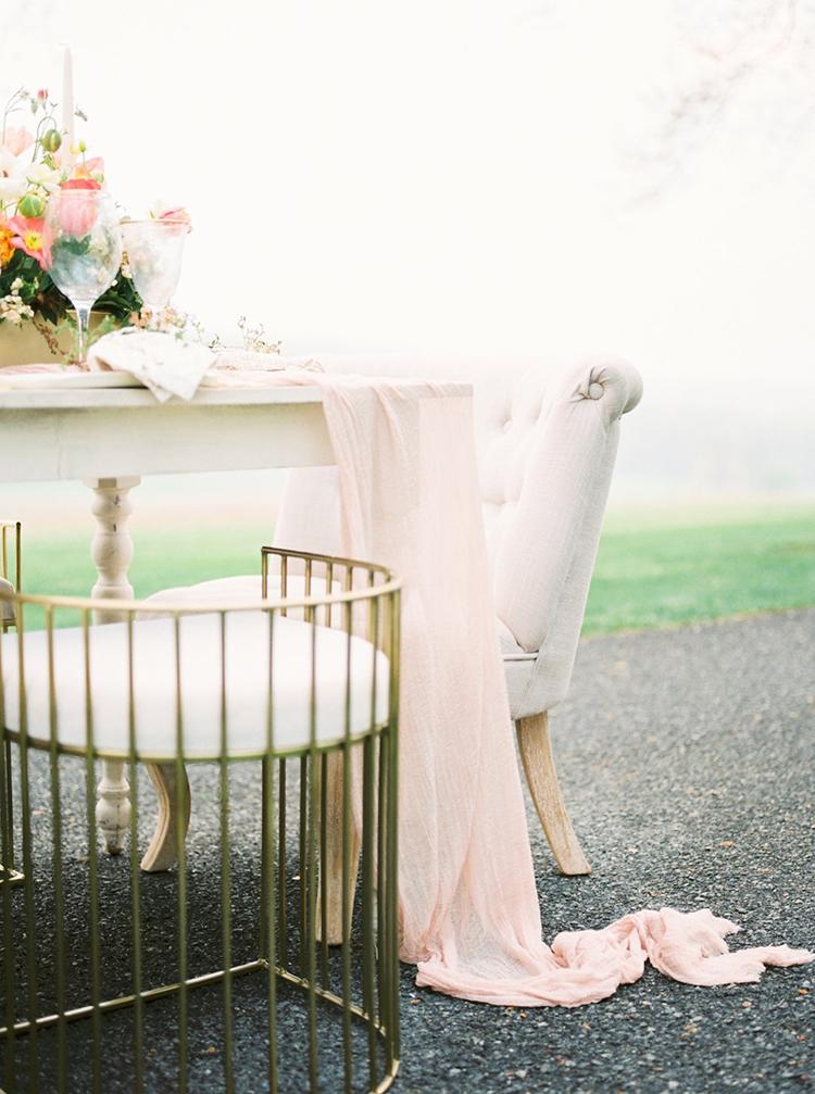 millennial pink wedding ideas - photo by Hillary Muelleck Photography http://ruffledblog.com/garden-estate-wedding-inspiration-with-delicate-poppies