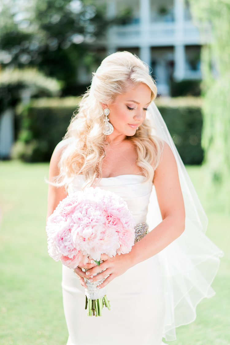 southern bridal fashion inspiration - photo by A.J. Dunlap Photography http://ruffledblog.com/glamorous-seaside-soiree-wedding-with-glam-details