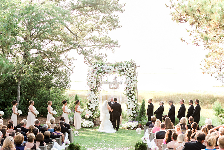 wedding ceremonies - photo by A.J. Dunlap Photography http://ruffledblog.com/glamorous-seaside-soiree-wedding-with-glam-details