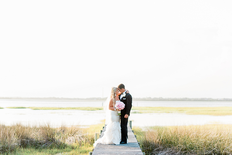 wedding photography - photo by A.J. Dunlap Photography https://ruffledblog.com/glamorous-seaside-soiree-wedding-with-glam-details