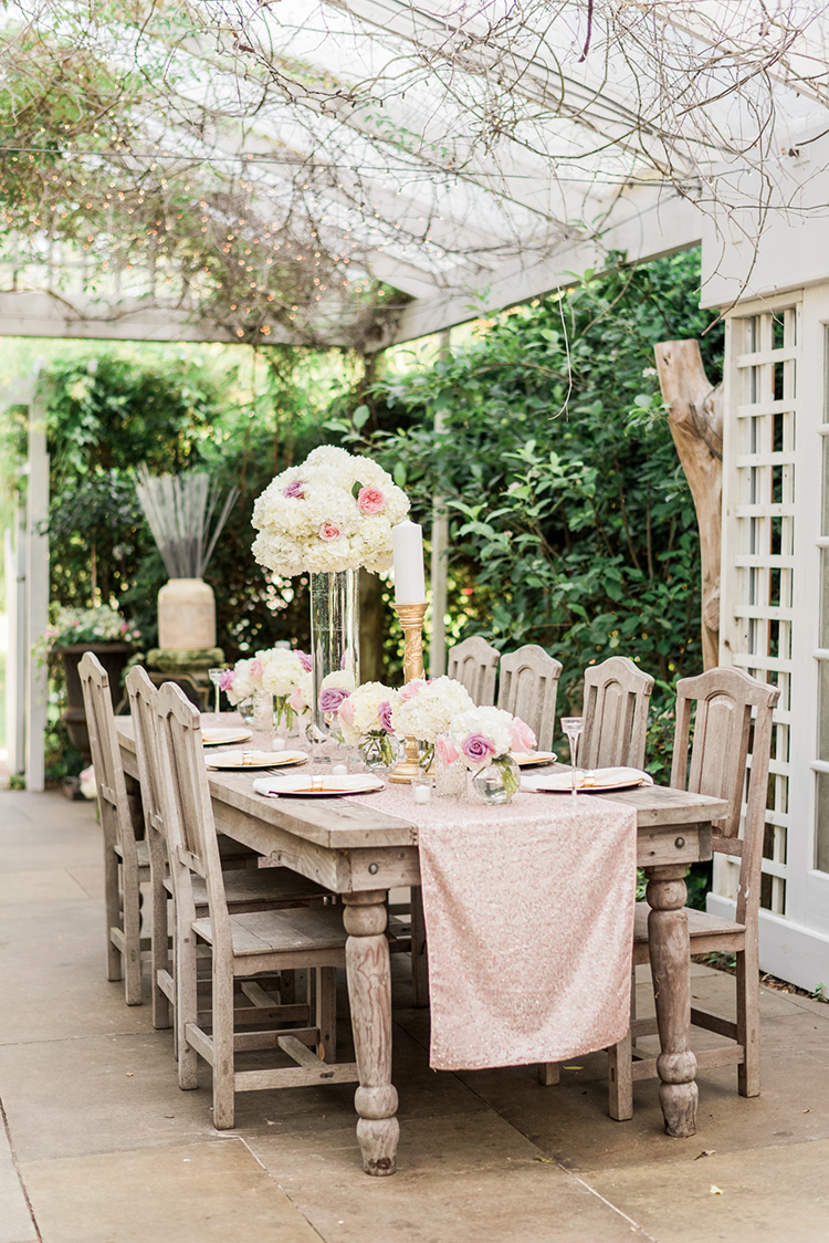 glam wedding receptions - photo by A.J. Dunlap Photography http://ruffledblog.com/glamorous-seaside-soiree-wedding-with-glam-details