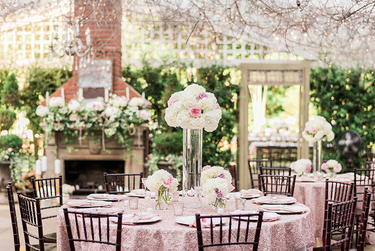 glam wedding ideas - photo by A.J. Dunlap Photography https://ruffledblog.com/glamorous-seaside-soiree-wedding-with-glam-details
