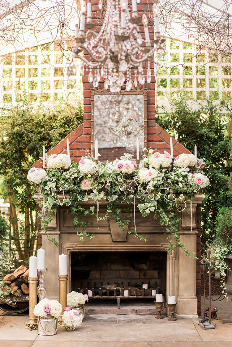 garden greenhouse inspired wedding ideas - photo by A.J. Dunlap Photography http://ruffledblog.com/glamorous-seaside-soiree-wedding-with-glam-details