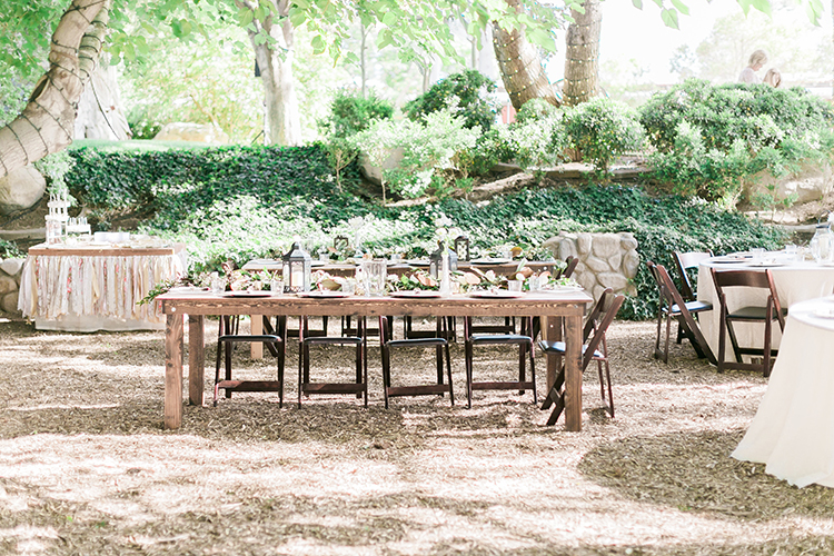 rustic chic las vegas garden wedding in pink photo by j anne photography https