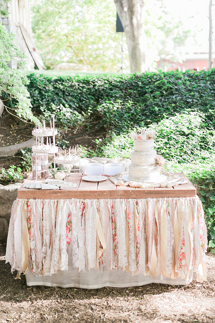 dessert table decor setup idea - photo by J Anne Photography http://ruffledblog.com/rustic-chic-las-vegas-garden-wedding-in-pink