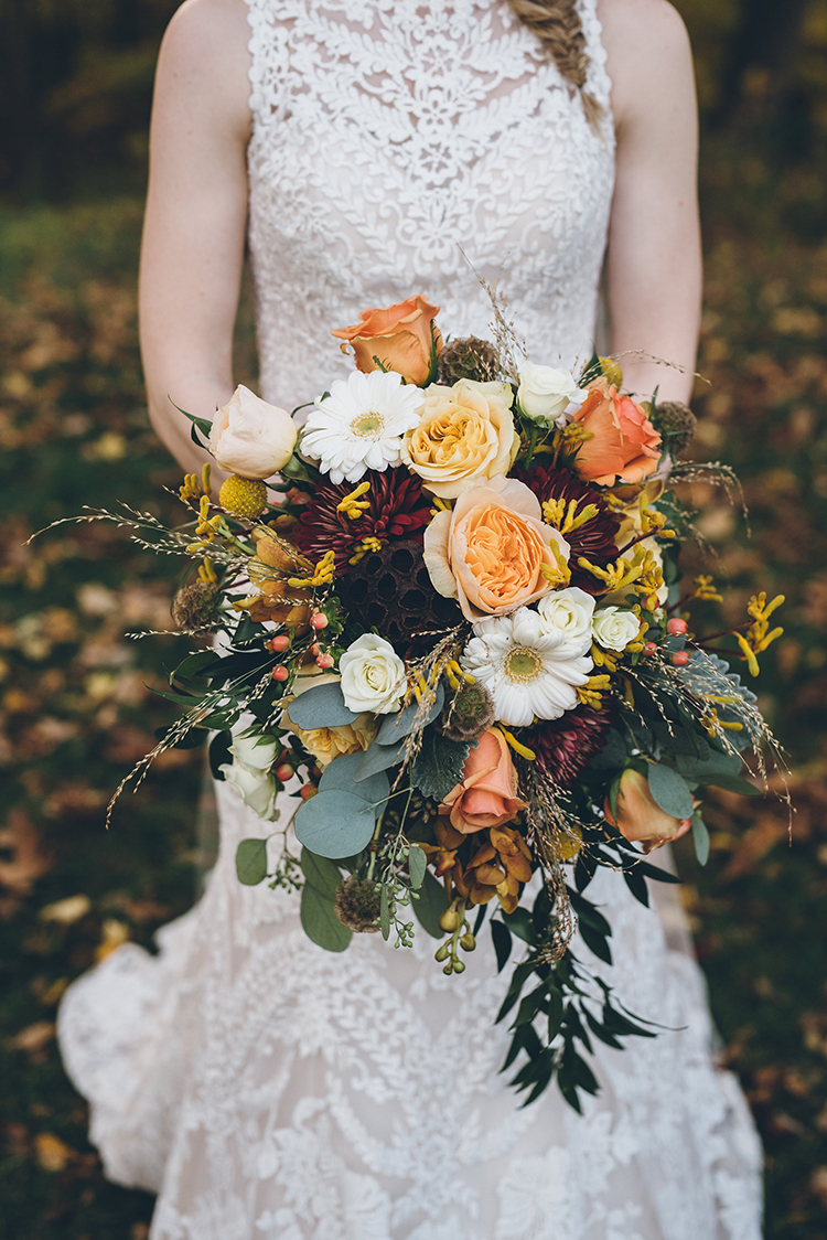 bountiful fall wedding bouquets - photo by Ed and Aileen Photography https://ruffledblog.com/handcrafted-wedding-with-a-doily-hoop-ceremony-backdrop