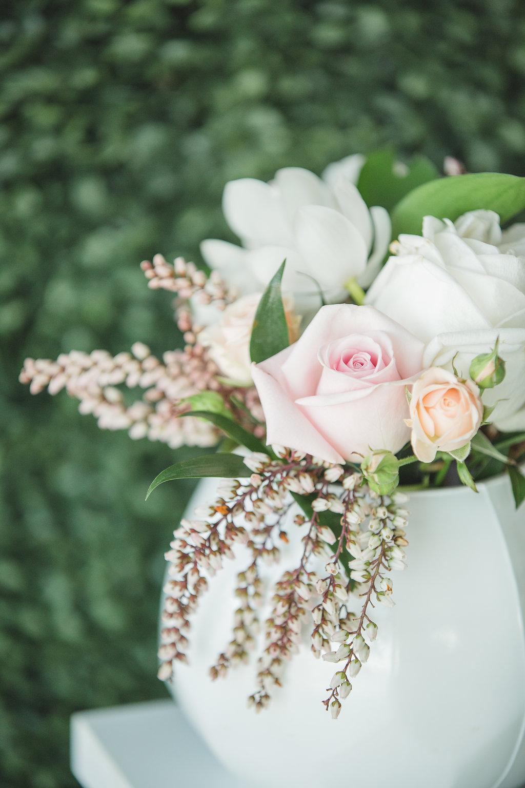 wedding flowers - photo by Parrish House Photos https://ruffledblog.com/hawaiian-inspired-bridal-shower