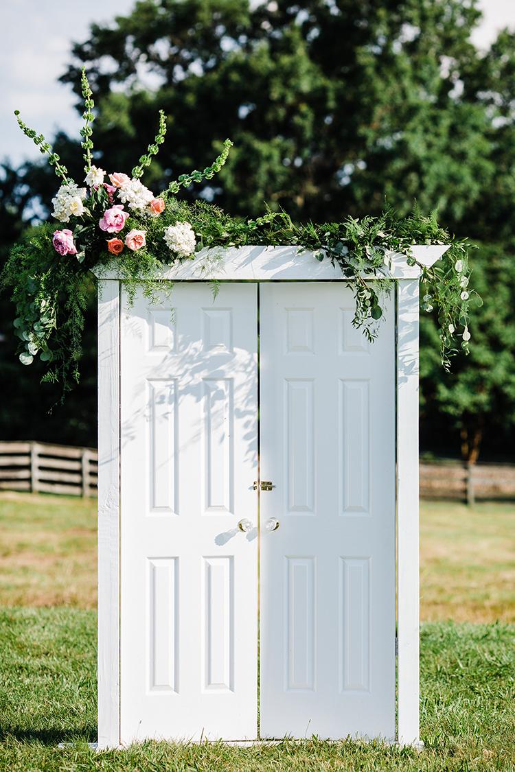 wedding ceremony decor ideas - photo by Amilia Photography https://ruffledblog.com/heart-touching-north-carolina-nursery-wedding