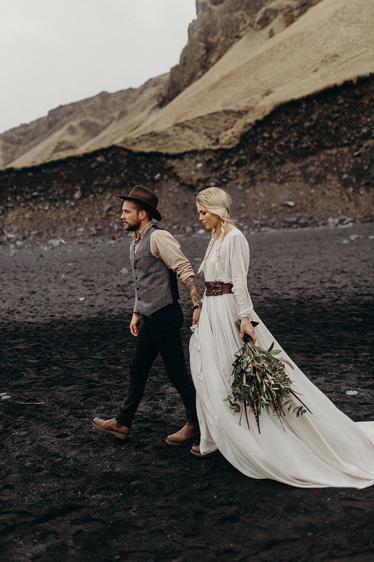 Iceland weddings - photo by Jane Iskra http://ruffledblog.com/idyllic-engagement-inspiration-in-iceland