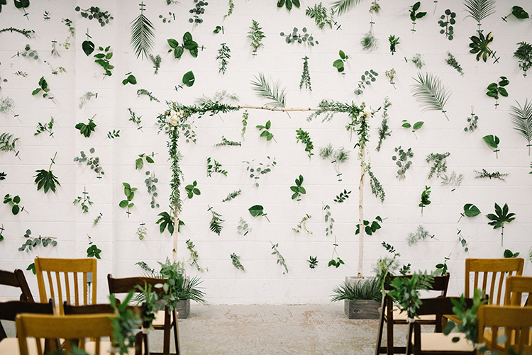ceremony displays - photo by The Kama Photography http://ruffledblog.com/industrial-modern-wedding-with-a-greenery-wall