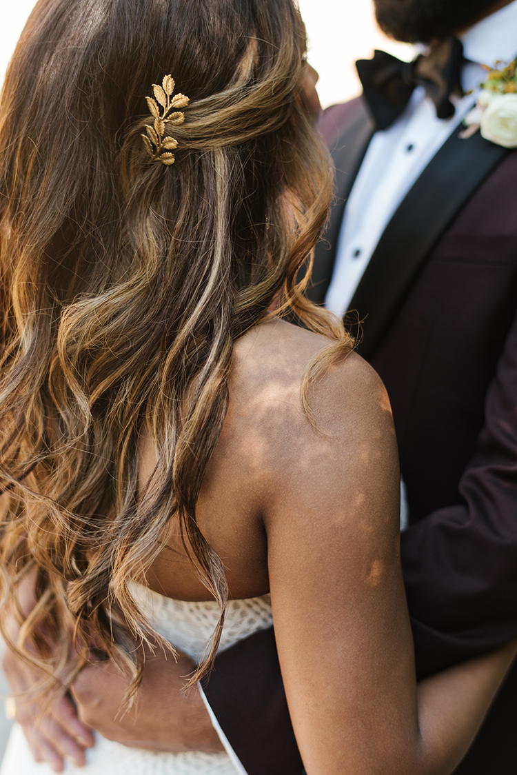 gold bridal hair accessories - photo by Mango Studios https://ruffledblog.com/industrial-wedding-in-toronto-with-an-enchanted-forest-reception