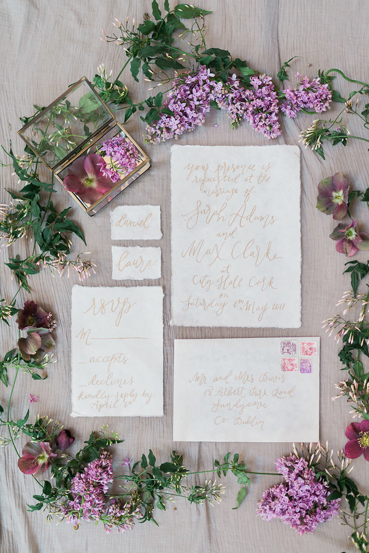 romntic golden wedding invitations - photo by Studio Brown https://ruffledblog.com/industrial-wedding-shoot-in-dublin-with-serious-romantic-vibes