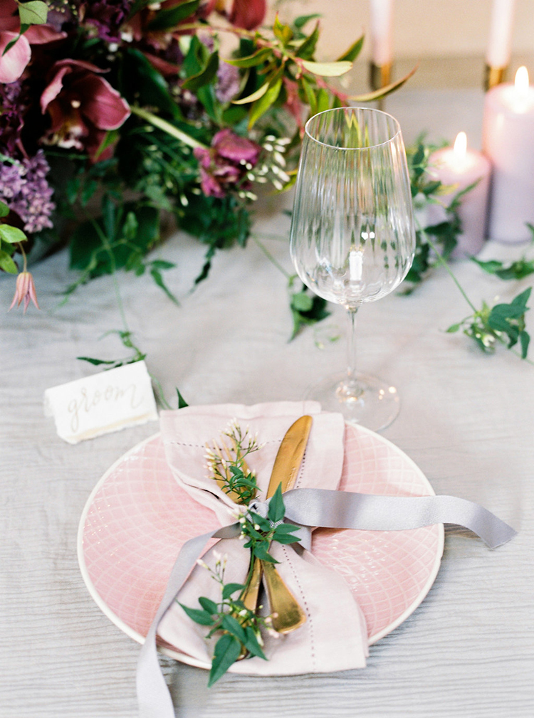 wedding tables with pink plates - photo by Studio Brown https://ruffledblog.com/industrial-wedding-shoot-in-dublin-with-serious-romantic-vibes