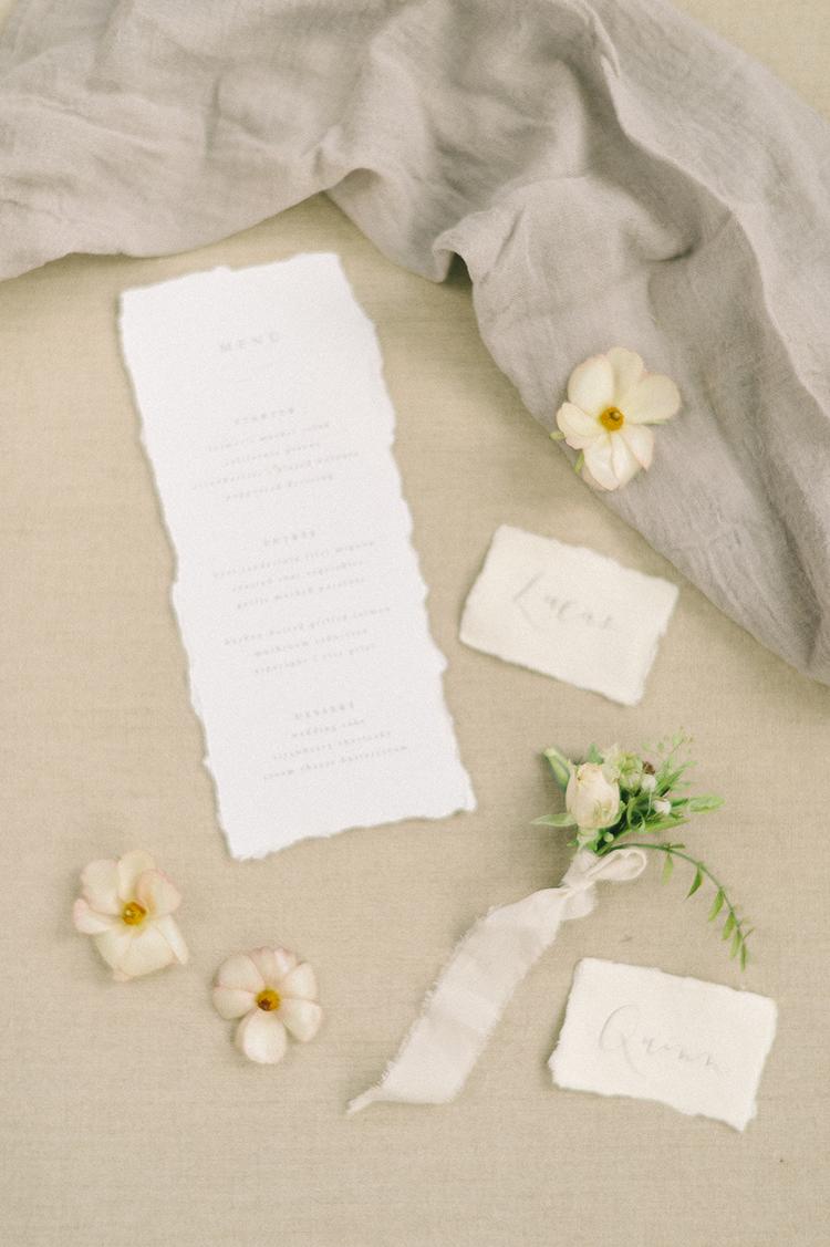 wedding paper goods - photo by Elizabeth Fogarty http://ruffledblog.com/soft-wedding-inspiration-in-oatmeal-and-gray
