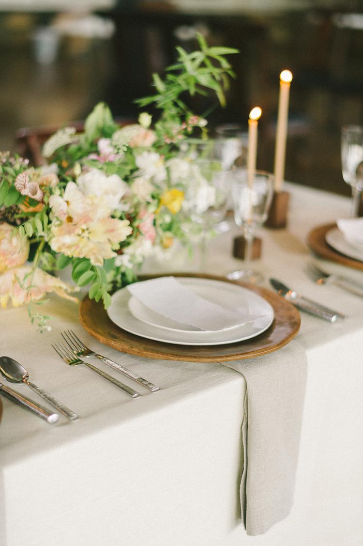 wedding ideas - photo by Elizabeth Fogarty http://ruffledblog.com/soft-wedding-inspiration-in-oatmeal-and-gray