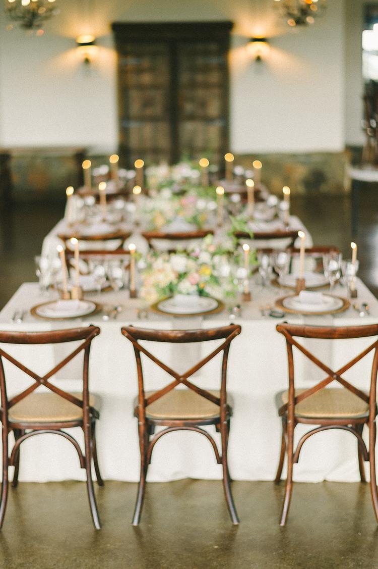 rustic charm receptions - photo by Elizabeth Fogarty http://ruffledblog.com/soft-wedding-inspiration-in-oatmeal-and-gray