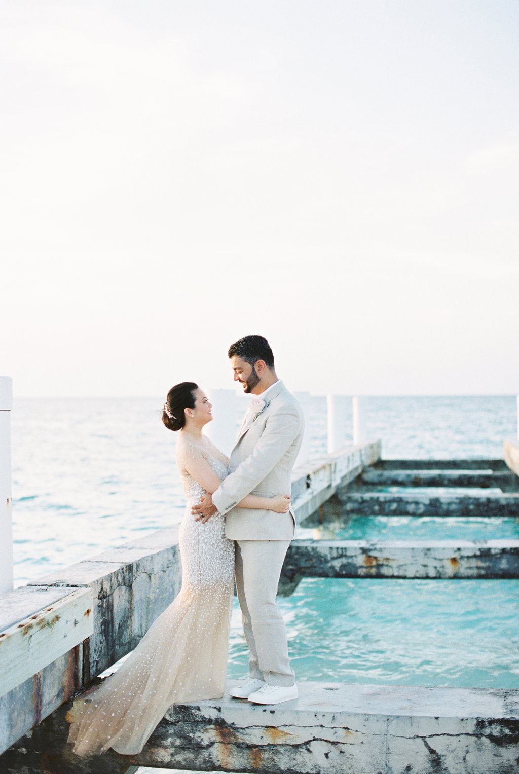 Intimate destination wedding in turks and caicos ruffled intimate destination wedding in turks and caicos photo by jen jar photography https junglespirit Choice Image