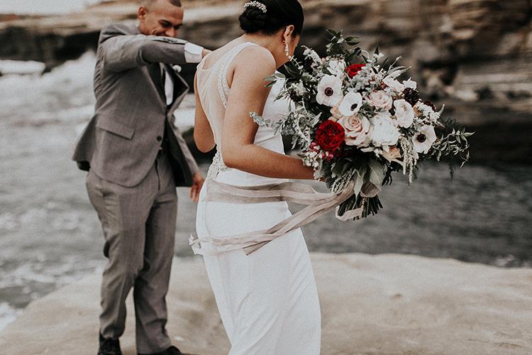 cute first looks - https://ruffledblog.com/intimate-modern-romantic-wedding-celebration-the-ceremony