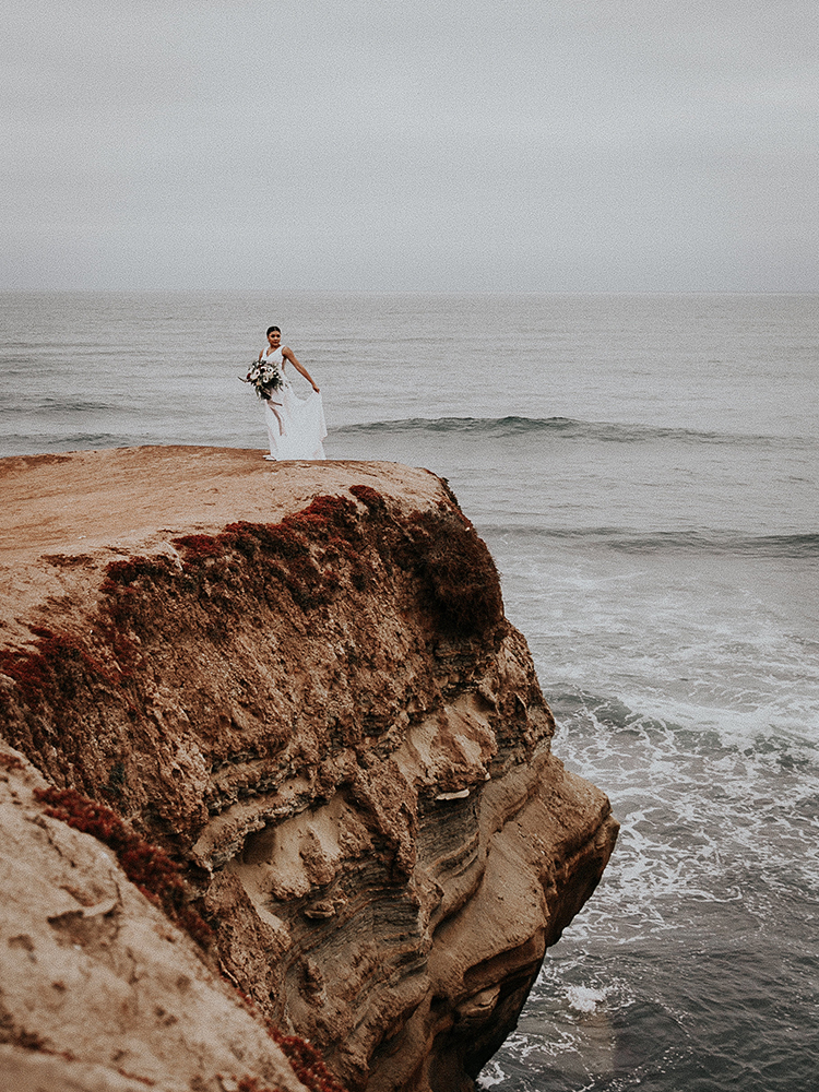 La Jolla Cliffs bridals - http://ruffledblog.com/intimate-modern-romantic-wedding-celebration-the-ceremony