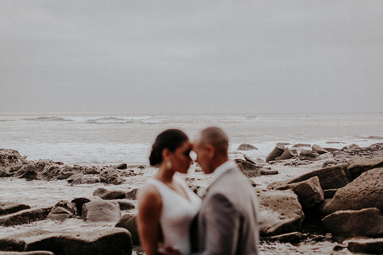 La Jolla weddings - http://ruffledblog.com/intimate-modern-romantic-wedding-celebration-the-ceremony