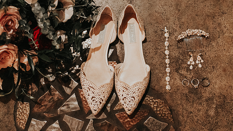 romantic bridal accessories - http://ruffledblog.com/intimate-modern-romantic-wedding-celebration-the-reception