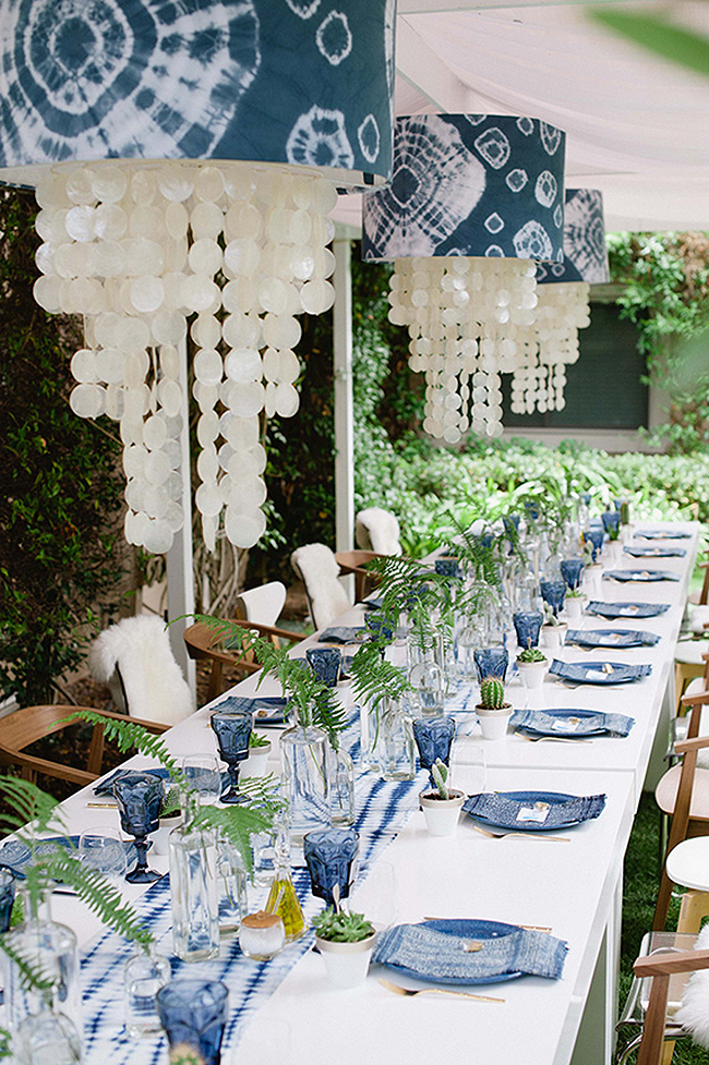 indigo wedding inspiration - photo by John Newsome https://ruffledblog.com/15-enviable-indigo-wedding-ideas