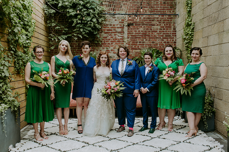 Juric Park Meets The Golden S For This Brooklyn Wedding Photo By Amber Gress Photography