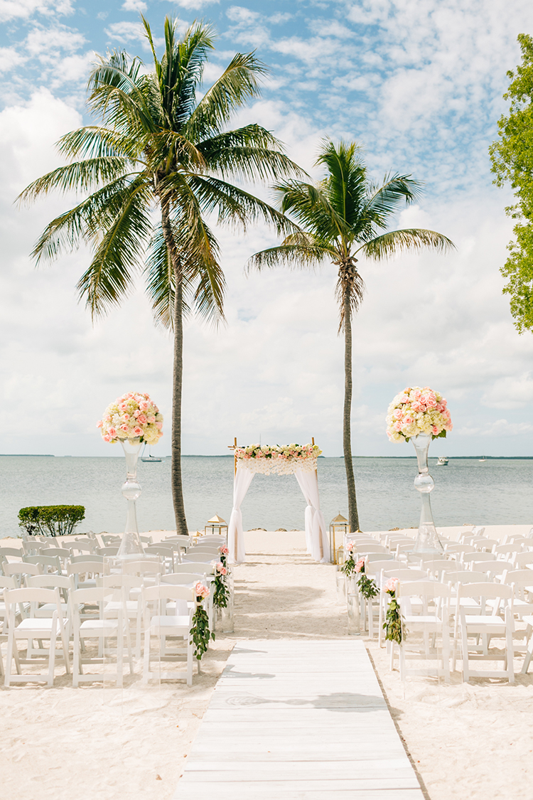 Key Largo Wedding with Amazing Orchids and Hydrangea - photo by Finding Light Photography https://ruffledblog.com/key-largo-wedding-with-amazing-orchids-and-hydrangea