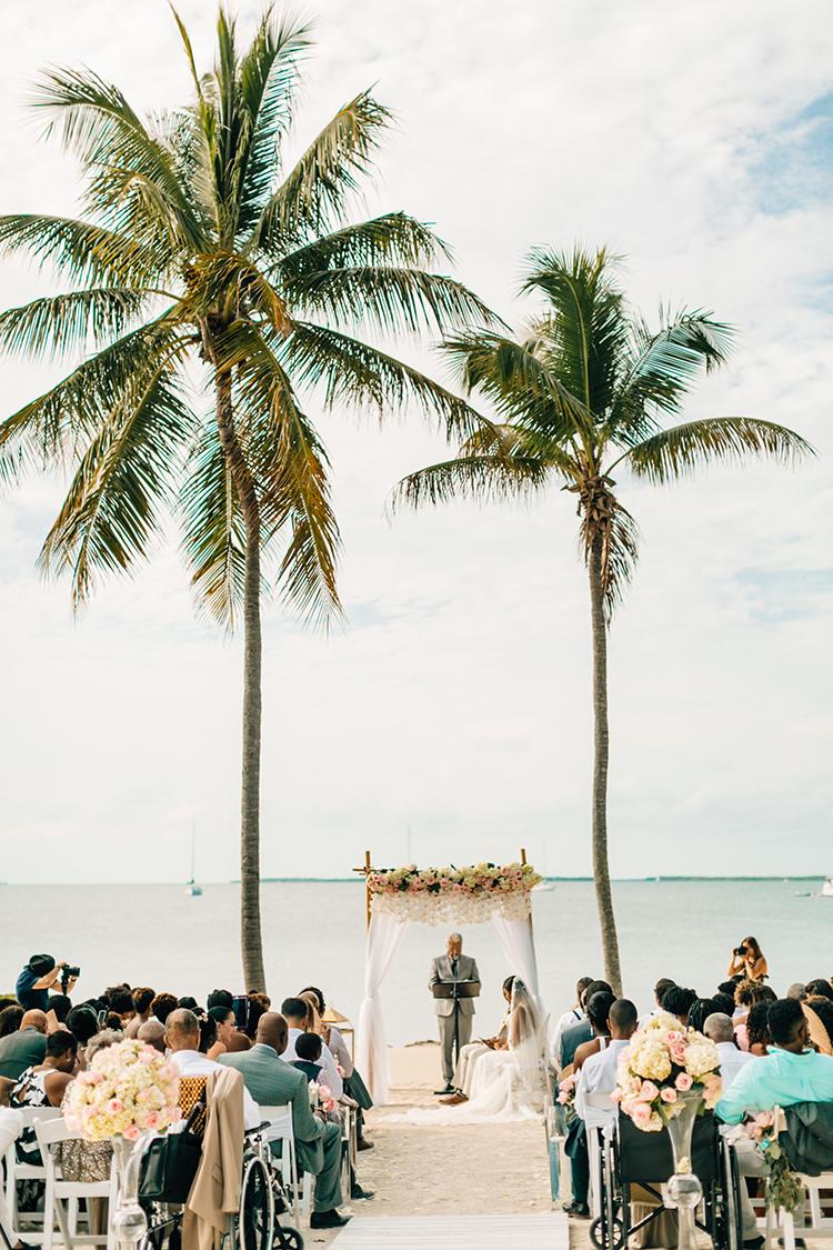 beach wedding ceremonies - photo by Finding Light Photography https://ruffledblog.com/key-largo-wedding-with-amazing-orchids-and-hydrangea