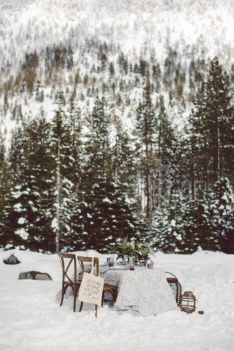 outdoor winter weddings - photo by Lilly Red Creative https://ruffledblog.com/lake-tahoe-beach-wedding-inspiration